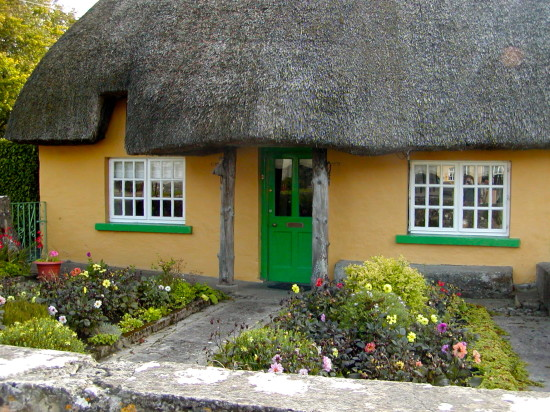 Adare has many lovely thatched cottages like this one. Photo by Georgia Beaverson.