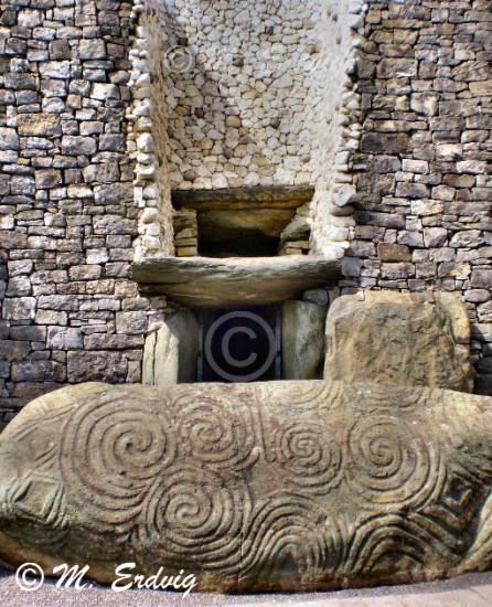 Newgrange Entrance © M. Erdvig