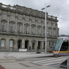 Kids Travel Free on Dublin's Luas, Aer Lingus Offers Meal Upgrades, and Guinness Bribes People with Free Pints