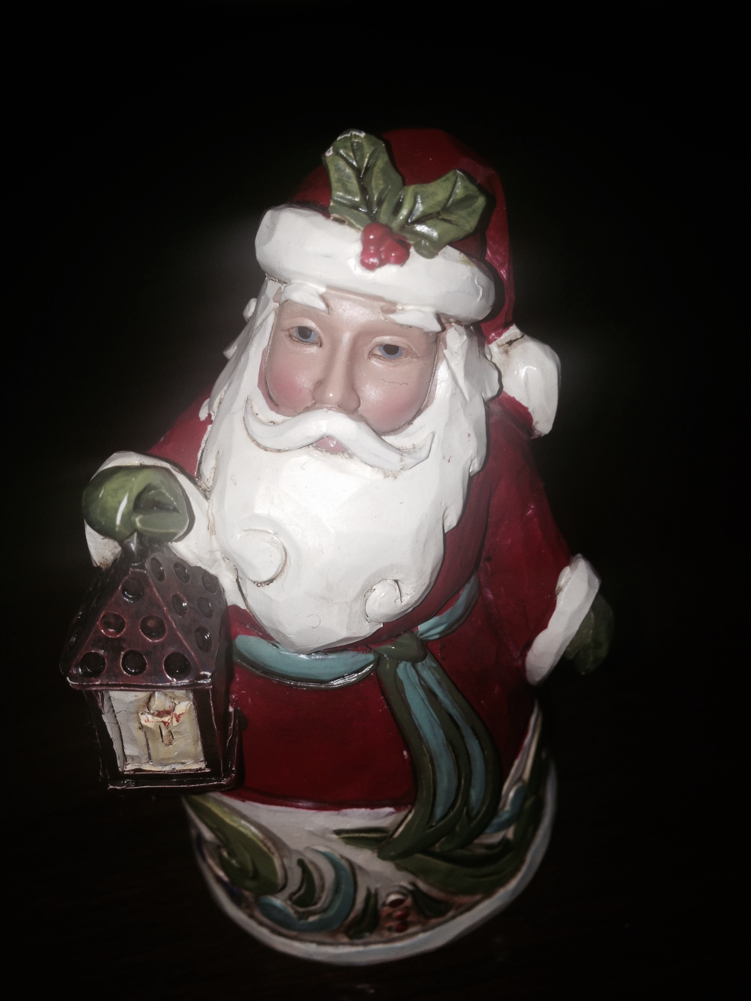 Thank you Lynda from New Jersey for this lovely Christmas decoration. It will remind me of my Secret Santa for many years to come. -- Eithne in Co Limerick, Ireland