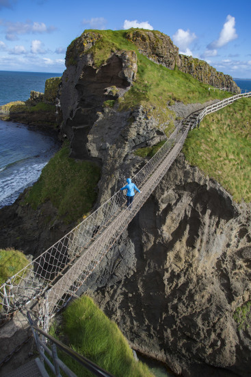 Carrick-a-Rede Rope Bridge, Northern Ireland - photo courtesy of Ed Turner - all rights reserved
